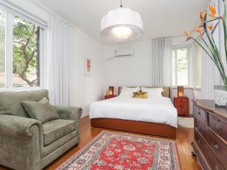 Wukang Retreat - tranquil FFC - Shanghai vacation rentals