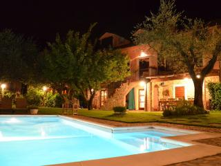 B and B La Luna di Giulia, Green bedroom. - Podenzana vacation rentals