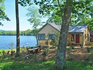 OUR SONG - Town of Hope - Lermond Pond - Mid-Coast and Islands vacation rentals