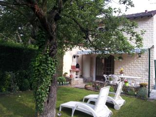 1 bedroom House with Internet Access in Seine-et-Marne - Seine-et-Marne vacation rentals