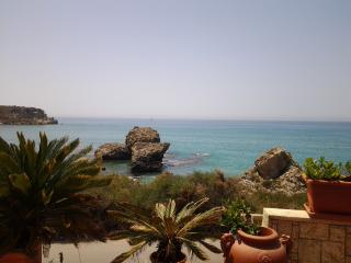 Charming 2 bedroom Bed and Breakfast in Licata with Balcony - Licata vacation rentals