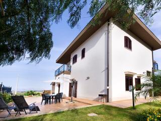 """DEPENDACE""""ISABELLA"""" - Castellammare del Golfo vacation rentals"""
