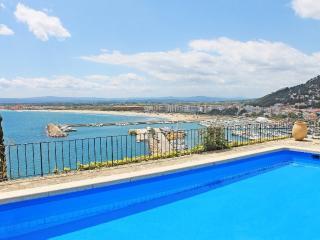Villa with pool and panoramic view over L'Estartit - L'Estartit vacation rentals
