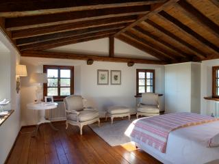 Nice B&B with Central Heating and Towels Provided - Vittorio Veneto vacation rentals