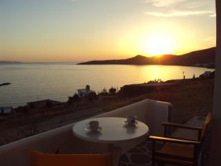 2 bedroom Condo with Internet Access in Tinos Town - Tinos Town vacation rentals