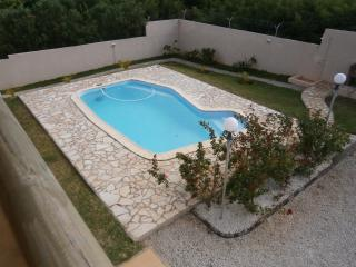 Spacious 4 bedroom Bungalow in Grand Gaube - Grand Gaube vacation rentals