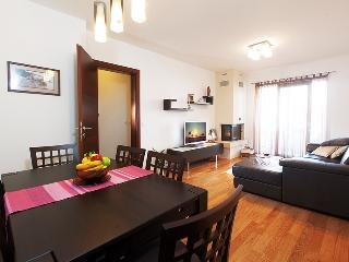 Modern luxury apartment A2+2 - Makarska vacation rentals