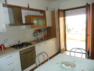 Nice 2 bedroom Apartment in Alba Adriatica - Alba Adriatica vacation rentals