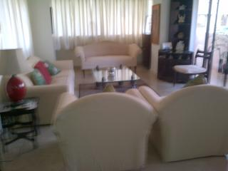 Elegant Apartment in S. Mumbai - Mumbai (Bombay) vacation rentals
