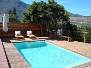 2 bedroom House with Internet Access in Hout Bay - Hout Bay vacation rentals