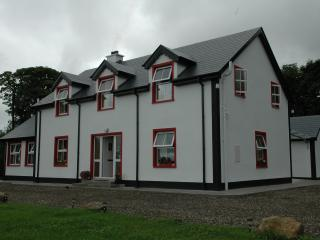 Willowfarmhouse, Holiday House, County Donegal - Milford vacation rentals