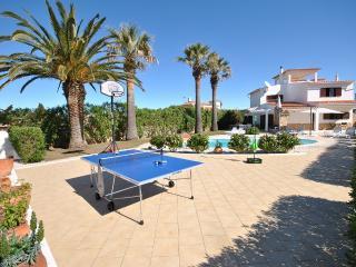 Vivenda Oasis - Luz vacation rentals