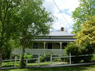 Brentwood House - Luxury Group Accommodation - Healesville vacation rentals