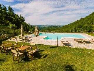 La Celletta C.Hous Biancospino - Urbino vacation rentals