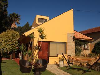 House w/pool and Sea Espinho-O - Espinho vacation rentals