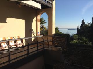 Recently rennovated Lake view design Villa Glicine - Gardone Riviera vacation rentals