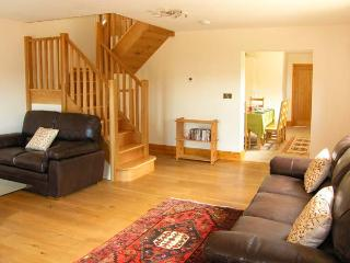 KING OFFA'S LODGE, luxury cottage with underfloor heating, woodburner, en-suites, Monmouth Ref 904408 - Monmouth vacation rentals