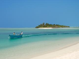 Perfect 20 bedroom Cocoa Island Guest house with Internet Access - Cocoa Island vacation rentals