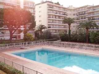 1 bedroom Condo with Garden in Roquebrune-Cap-Martin - Roquebrune-Cap-Martin vacation rentals