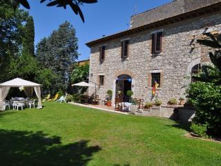 Cozy 3 bedroom Farmhouse Barn in Montecchio - Montecchio vacation rentals