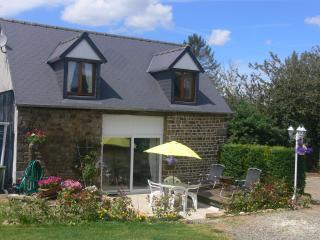 Le Jardin, Cottage with pool nr Mont Saint Michel - Avranches vacation rentals