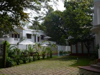 Charming Villa with Internet Access and Dishwasher - Kochi vacation rentals