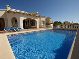 Ochenta - Alicante vacation rentals