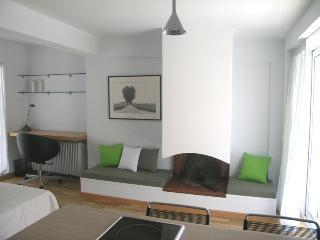 #AH02 KOLONAKI PENTHOUSE STUDIO - Athens vacation rentals