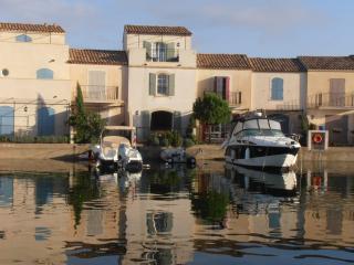 Nice 3 bedroom Aigues-Mortes Villa with Internet Access - Aigues-Mortes vacation rentals
