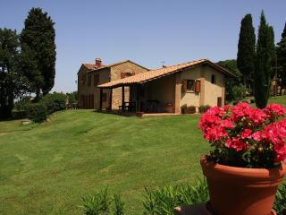 Villa Opera apartment n° 2 Lucca - Volterra vacation rentals