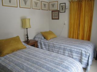 Sunny 2 bedroom Sierre Apartment with Internet Access - Sierre vacation rentals