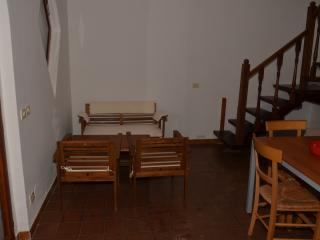 Nice House with Long Term Rentals Allowed and Balcony - Province of Grosseto vacation rentals