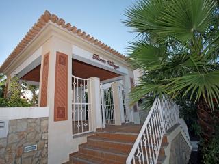 ALEXANDRA APARTMENT AJ/C - Albufeira vacation rentals