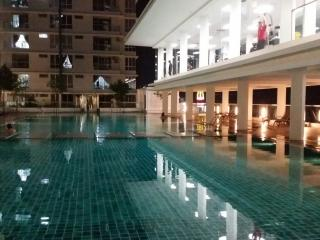 20 mins to City via LRT (Free unlimited WiFi) - Kuala Lumpur vacation rentals