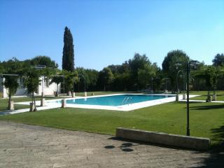 Appartamento nel Salento -Tenuta S.Andrea- Galline - Muro Leccese vacation rentals