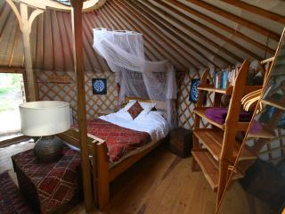 Comfortable 2 bedroom Yurt in Oleiros - Oleiros vacation rentals