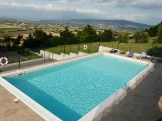 2 bedroom Apartment with Internet Access in Castello delle Forme - Castello delle Forme vacation rentals