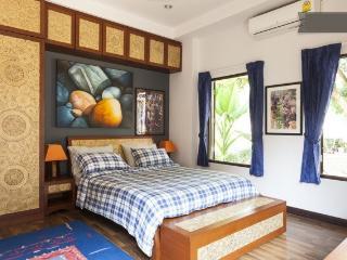 Beautiful Quiet Room Bedroom 3 - Hang Dong vacation rentals