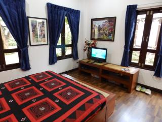 Beautiful Quiet Room Bedroom 3 - Hang Dong vacation rentals