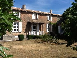 4 bedroom House with Satellite Or Cable TV in Melle - Melle vacation rentals