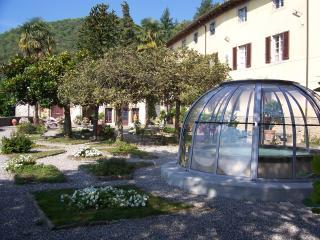 Villa Raffaelli - Fosciandora vacation rentals