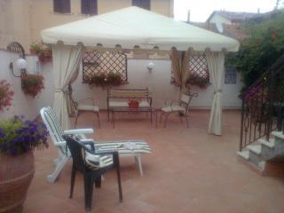 Appartamento con Giardino nel relax della Toscana - Abbadia San Salvatore vacation rentals