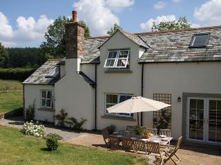 4 bedroom Cottage with Internet Access in Greystoke - Greystoke vacation rentals