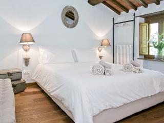 B&B Sosta del Pellegrino - Pietrasanta vacation rentals