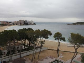 Awesome apartment Beach views - Magalluf vacation rentals