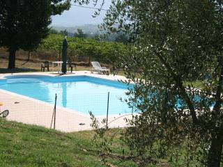 2 bedroom Farmhouse Barn with Internet Access in Spoleto - Spoleto vacation rentals