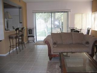 Two Bedroom Condo on West Natoma - 2CHAT - Palm Springs vacation rentals