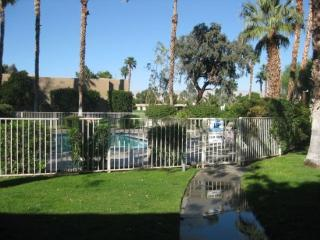 Cozy Palm Springs Studio rental with Shared Outdoor Pool - Palm Springs vacation rentals