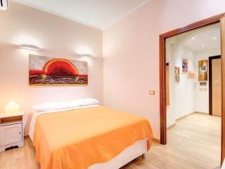 """TOPAZ"" apartment in Rome - 60m2, Wifi gratis, A/C - Rome vacation rentals"