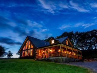 Perfect Cabin with Deck and Internet Access - Westport vacation rentals